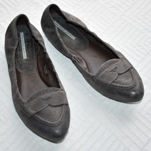 Vera Wang Lavender 9 Leather Flats Loafers Gray